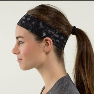 RARE Lululemon black beautiful baroque headband